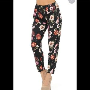 CLEARANCE !!! Soft Pretty Pink Floral Harem Pant